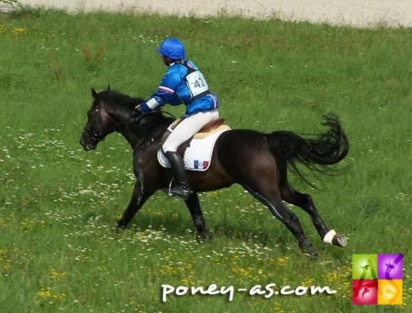 Chloé Deschamps et l'étalon Pfs Mon Nantano de Florys, photo Pauline Bernuchon