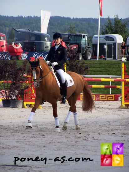 Katharina Weychert et le célèbre étalon Dornik B offrent à l'Allemagne un énième titre de champion d'Europe par équipe, photo Pauline Bernuchon