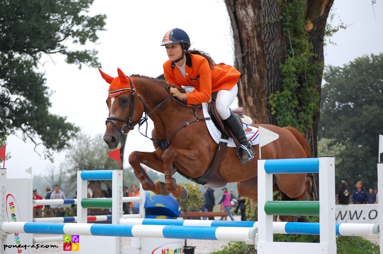 Megan Laseur et Ensilla, 7e pour les Pays-Bas - ph. Camille Kirmann