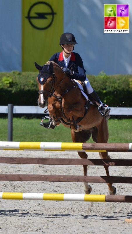 4 points au CSO et une médaille de bronze en individuel pour Liloï et Voltair - ph. Pauline Bernuchon