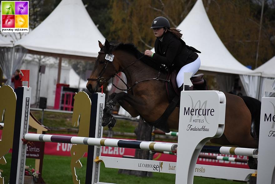 Gwenaëlle Bazoin et Baccara la Fraquette, 4 points - ph. Poney As