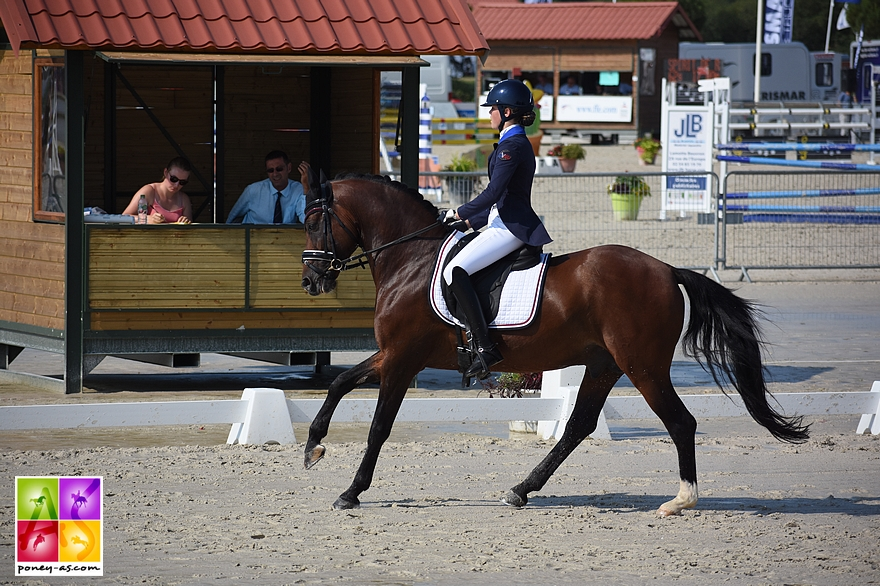Charlotte Monteilhet et Dinky Toy vh Bloemenhof - ph. Poney As