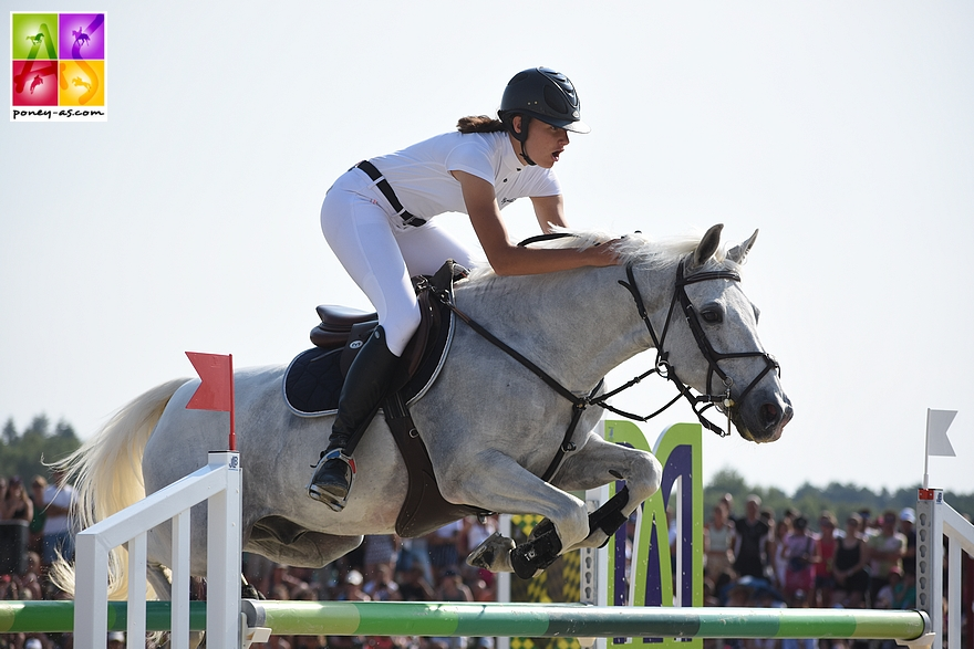 9e : Liz Humet et Titou des Etisses - 8+4+12+4 - ph. Poney As