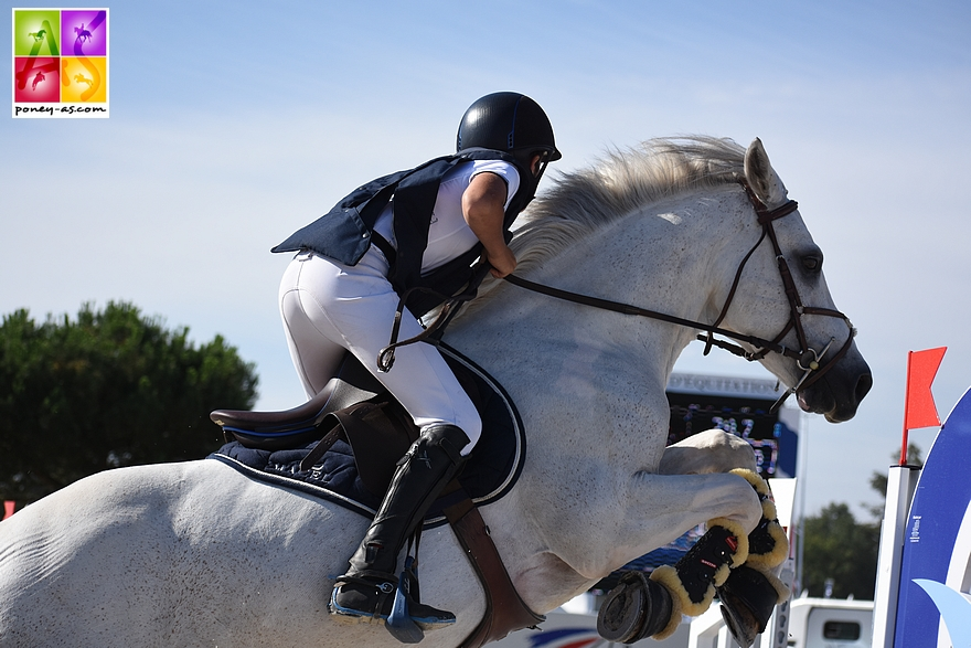 8e : Mathis Vallat et Udix d'Isky - 8+8+8+4 - ph. Poney As