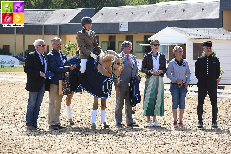 Champion des 4 ans - Mr Miagi S sous la selle de Margot Frattinger - ph. Poney As