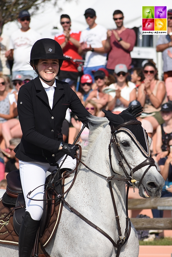 Agathe Cros et Valoa de Chastelaures lors des championnats de France - ph. Poney As