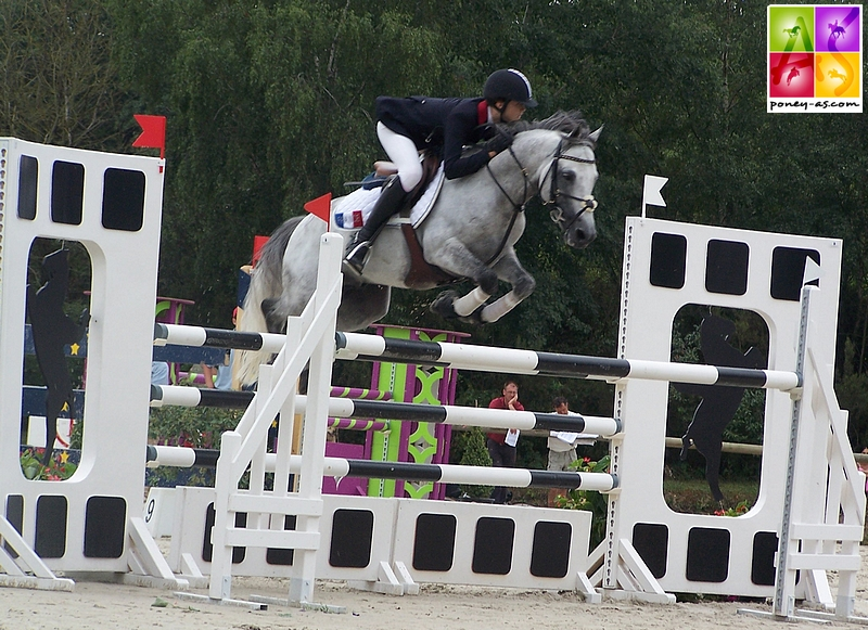 Jimmerdor et Morgane de Chastenet lors des championnats d'Europe de Saumur en 2006 - ph. Poney As