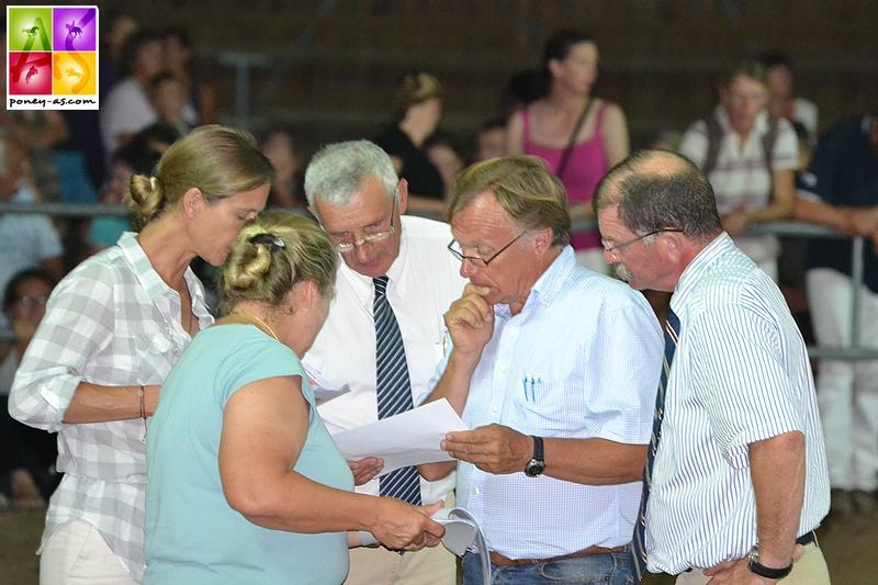 Jean Drexler, au centre, membre du jury de l'ANPFS lors d'une édition du Sologn'Pony - ph. Poney As