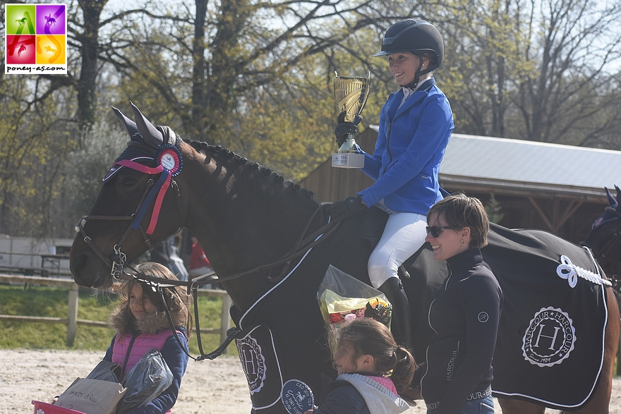 Sarah Desmoules remporte la Vitesse de l'As Elite avec Austin Joyeuse - ph. Poney As