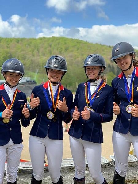Jonas De Vericourt, Louise Petitjean, Lisa Gualtieri et Lilou Ducastaing remportent le CCIOP de Marbach ! – ph. Léa Fayol