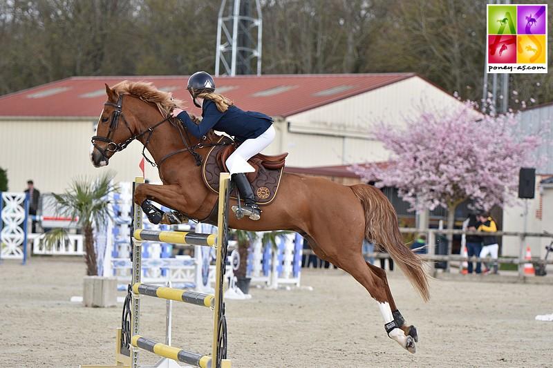 Junie Buisson et Vertige de Bélébat remportent une victoire de taille, le Grand Prix du CSIP de Fontainebleau ! - ph. Marine Delie