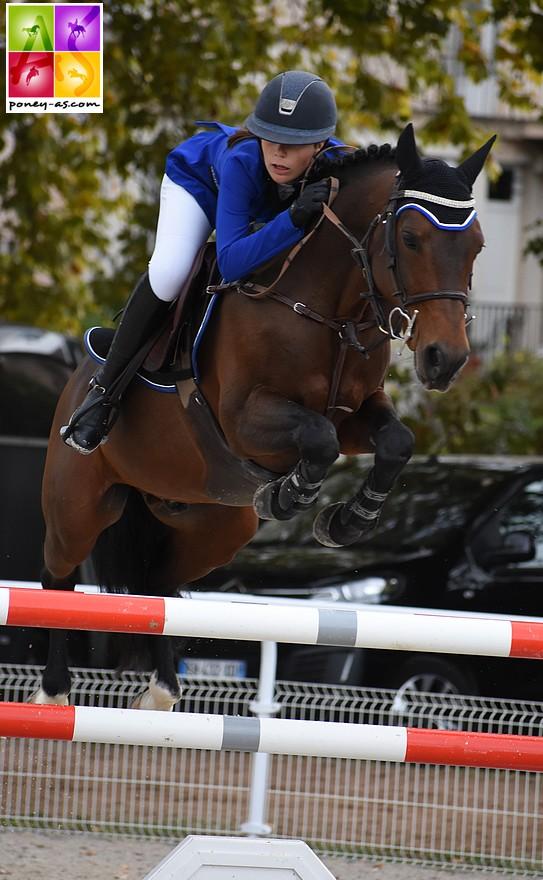 Iris Barbier et Sagami San Joyeux remportent l'épreuve phare de la TDA de Vichy - ph. Poney As