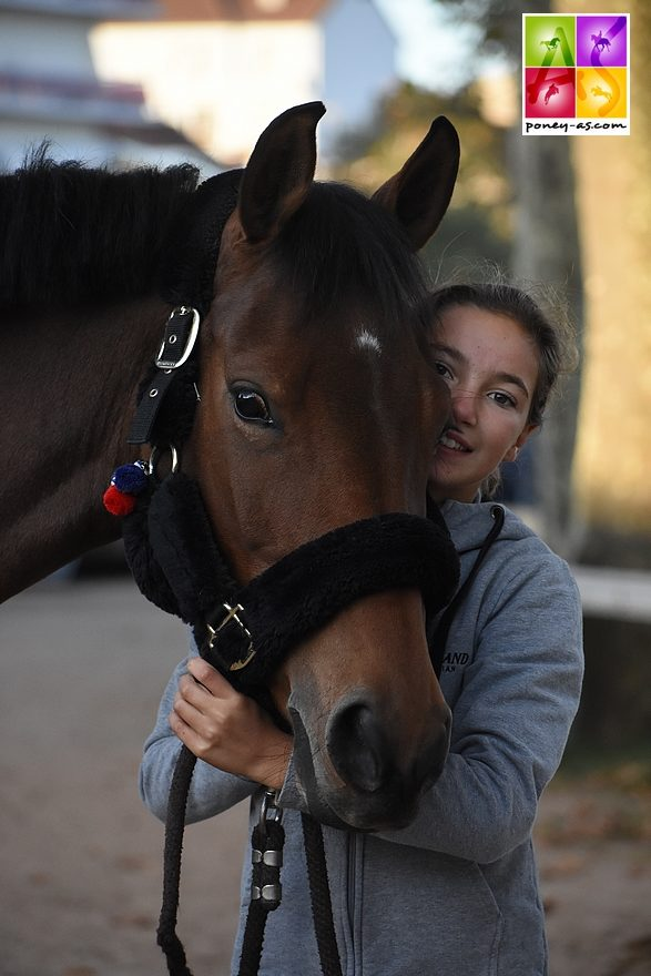 Sarah &Tutti Quanti Joyeusedu Mystere - ph. Poney As