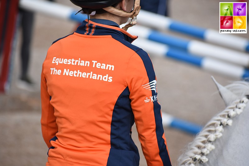 Pam Nieuwenhuis, Mart IJland et Lily Engelsman sont de nouveau dans les rangs de l'équipe nationale des Pays-Bas. Une équipe très expérimentée – ph. Poney As