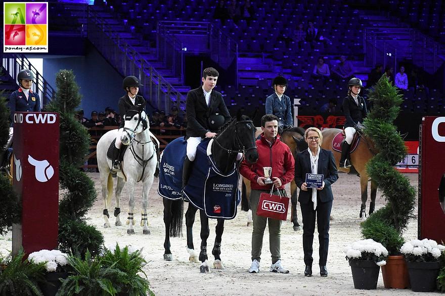L'Irlandais John Mcentee et Carrickaduff Pet s'imposent sur cette première épreuve du FEI Jumping Ponies' Trophy de Lyon - ph. Poney As