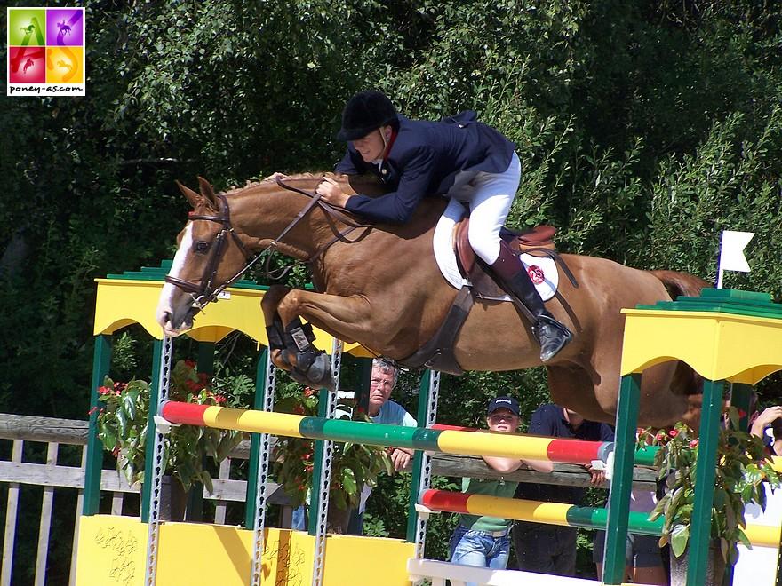 Micklou Madness, champion d'Europe 2006 sous la selle du Britannique Daniel Neilson. Une échéance marquée par plusieurs poneys hors taille, parfois même avoisinants le 1,55/56 m - ph. Poney As