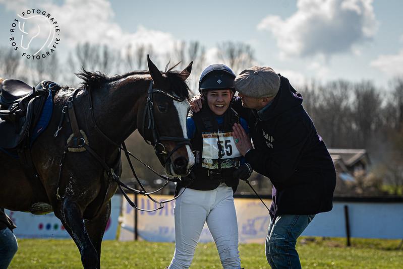 Lila van Rijthoven et Nemo remportent le CCIP2* d'Oudkarspel – ph. Cynn