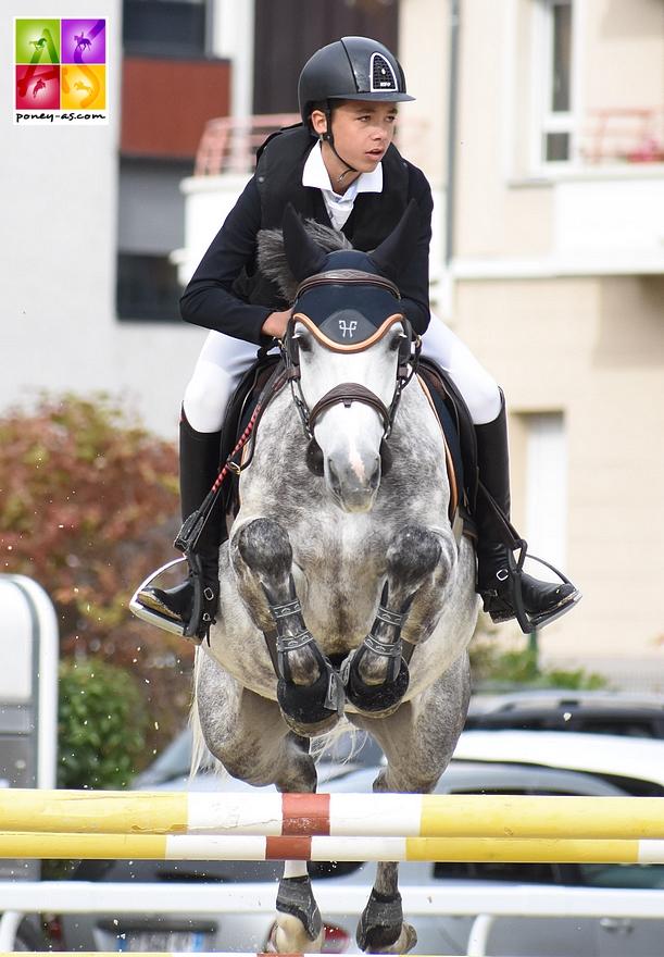 Comme à Chazey-sur-Ain, Nohlan Vallat s'offrent un doublé Vitesse / Grand Prix As Excellence. Il présentait la vice-championne des 7 ans Cadix de Verduizant – ph. Poney As