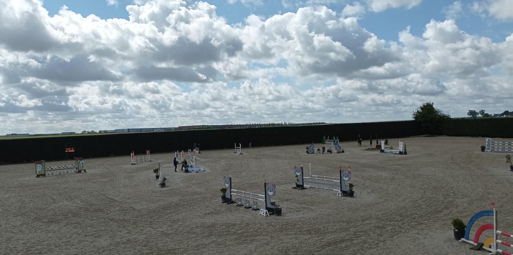 L'Etrier du Cambresis organisait ce week-end trois journées de compétition – ph. MYZOOM