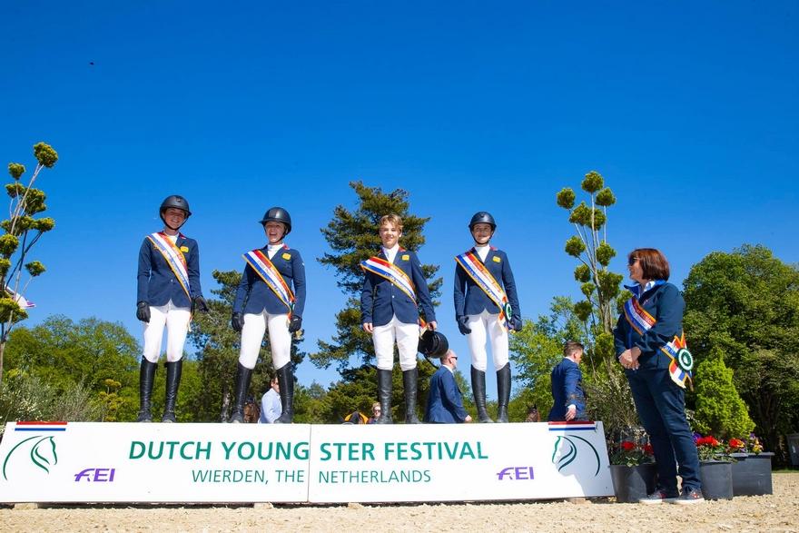 Les britanniques s'imposent dans la Coupe des nations du CSIOP de Wierden - ph. Dutch Youngster Festival & Outdoor Wierden