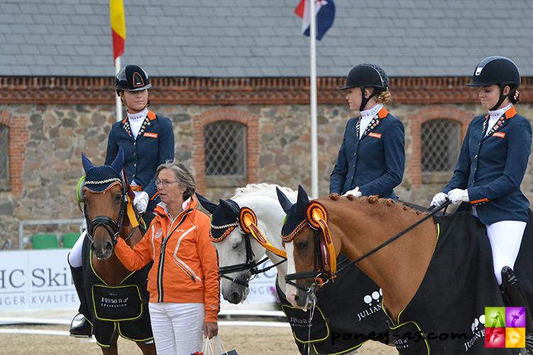 L'équipe des Pays-Bas médaillée de bronze - ph. Pauline Bernuchon