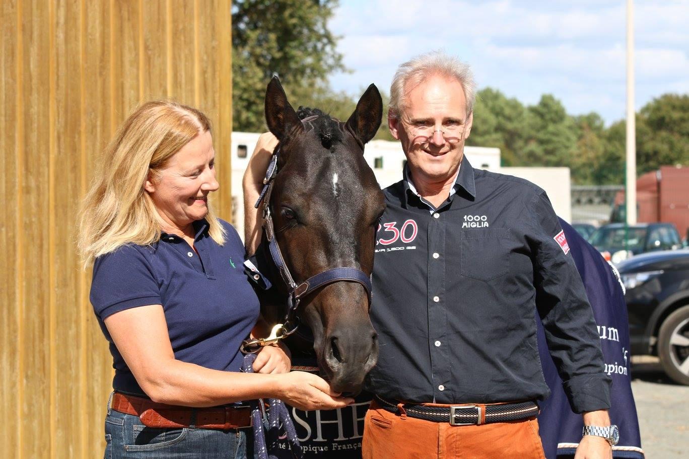 NL et ses naisseurs, Gosewien et Willem, de jolies retrouvailles - ph. Judith'Art