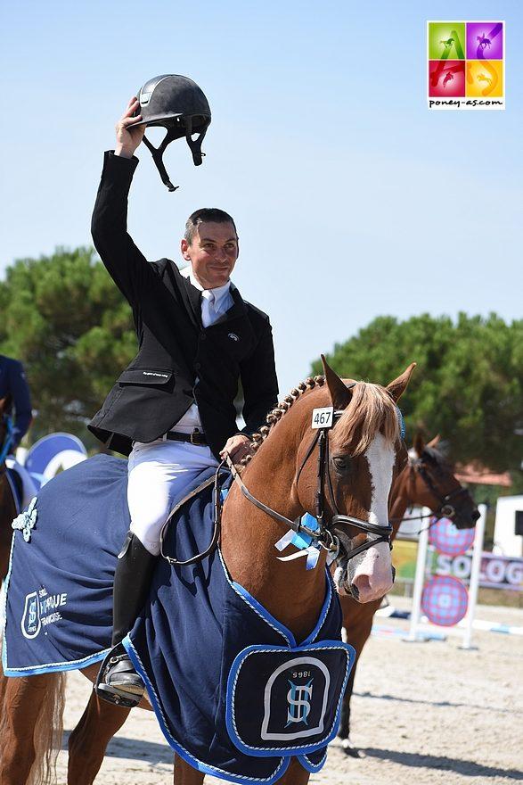 Champagne d'Ar Cus,, champion des 6 ans D sous la selle de Mathieu Laisney - ph. Poney As