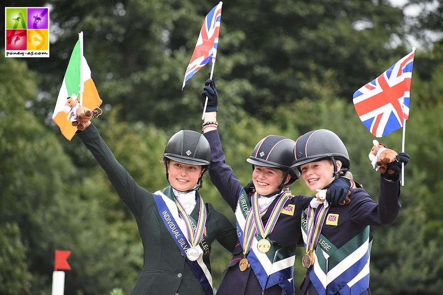 Podium individuel Saffron Osborne (Gbr) en or, Sophie Foyle (Irl) en argent et Daisy Proctor (Gbr) en bronze - ph. Poney As