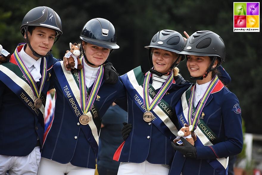 L'équipe de France de CCE repart de Bishop Burton avec une médaille de bronze - ph. Poney As