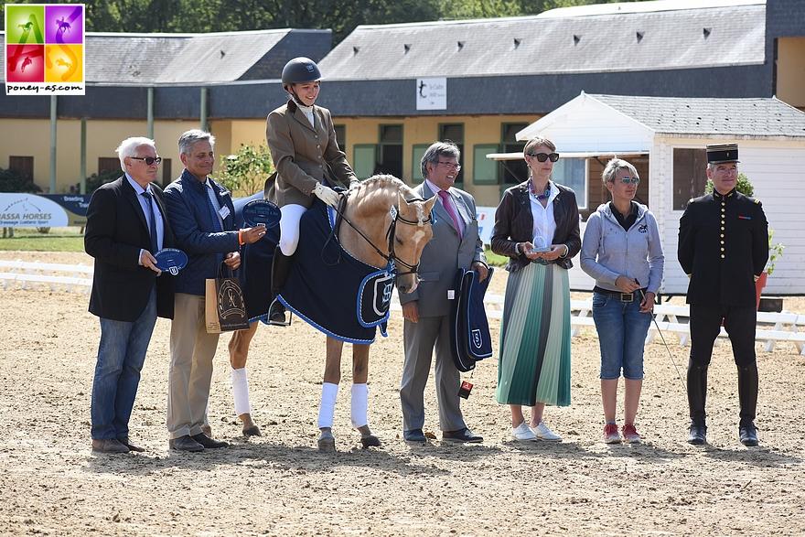 Champion des 4 ans - Mr Miagi S sous la selle de Margot Frattinger - ph. Poney As