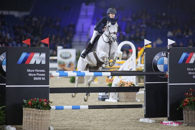 Katie Power et Ghost Rider s'imposent dans la finale du FEI PJT de Mechelen - ph. Temps de Poses