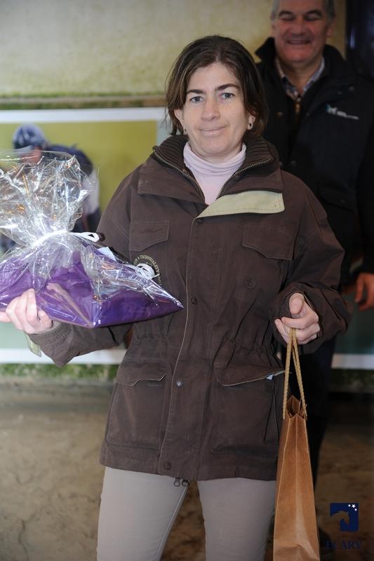 Cécile Rouffaud, élevage Barrade - ph. Agence Ecary