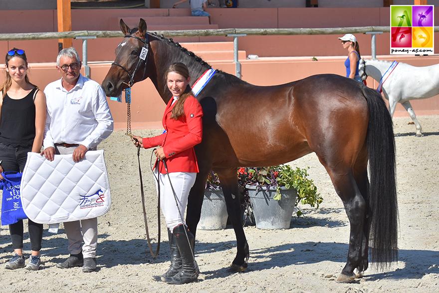 Avec 3 excellentes note dont un 18 à l'obstacle, Goethe d'Uriat remporte le championnat des 3 ans Sport FPPCF - ph. Poney As