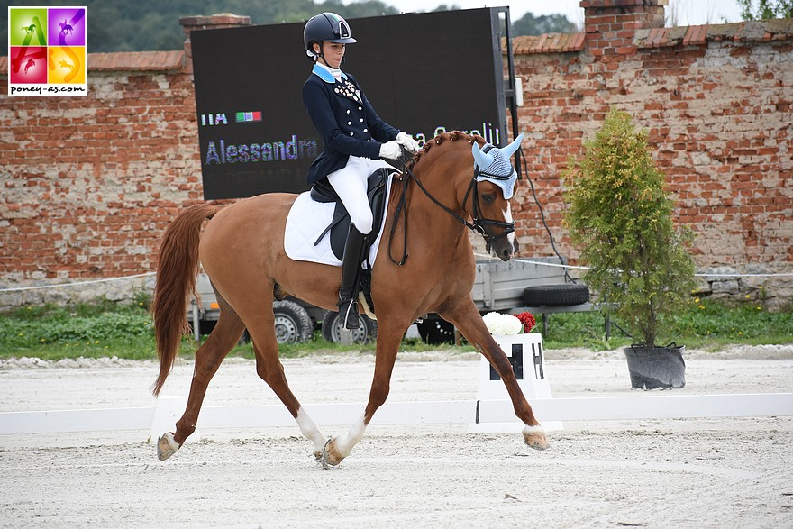 Derano B et l'Italienne Lisa Caroline Kathy Alessandra Bartz lors des championnats d'Europe de Strzegom en 2019 – ph. Poney As