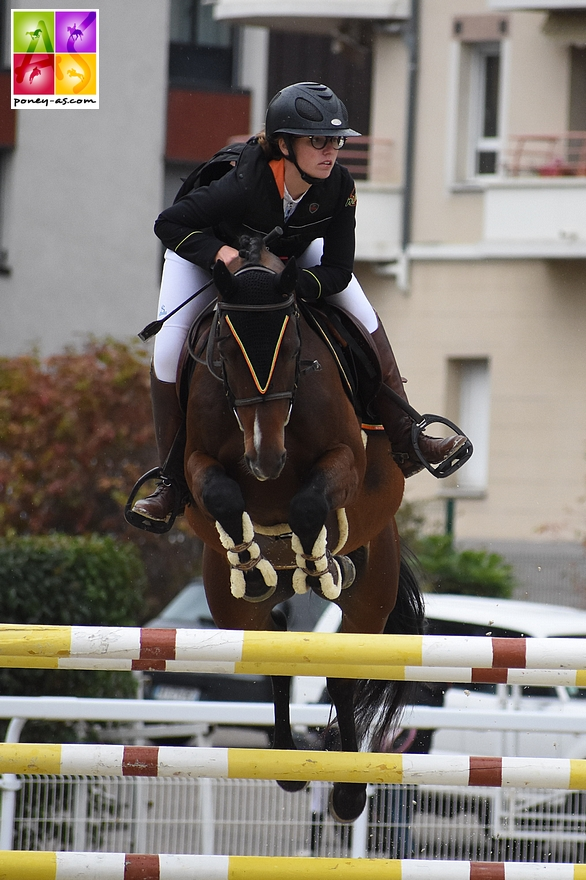Louane Morichon Navelet et Appy Dame Vincou remportent les deux épreuves majeures de la TDA de Bressuire - ph. Poney As