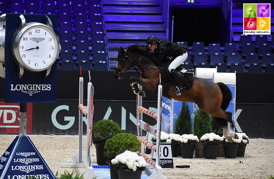 A 15 ans, Qopper Der Lenn  a fait une entrée remarquée sur le circuit As Elite. Sous la selle de Lou-Mai Flipo, il a rapidement intégré l'équipe de France. A son palmarès : une sélection pour le CSIP du Ponies Jumping Trophy de Lyon et la Super As du Jumping de Bordeaux - ph. Poney As
