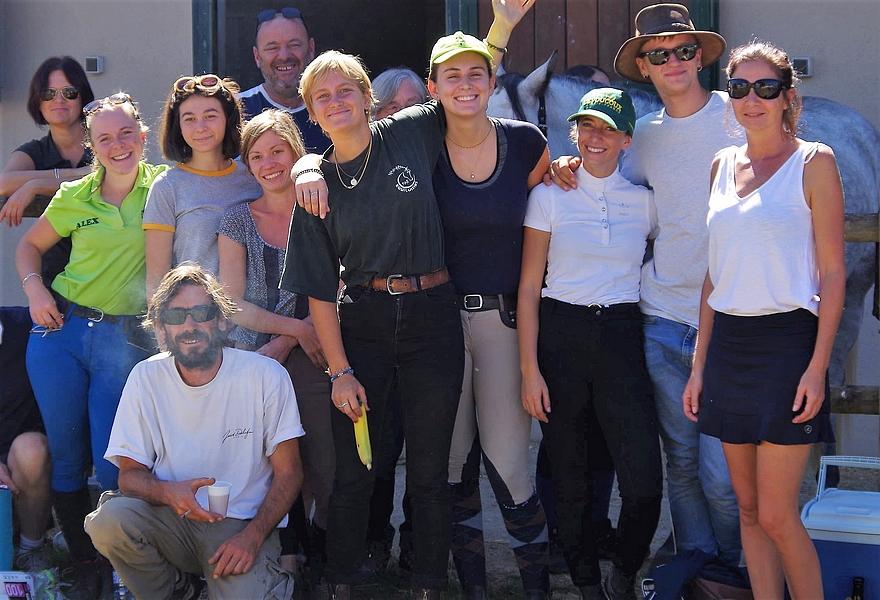 L'équipe du Centre équestre des Chimères - ph. coll. privée